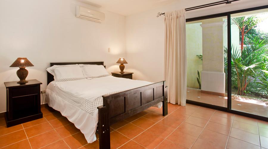 playa grande park hotel bedroom