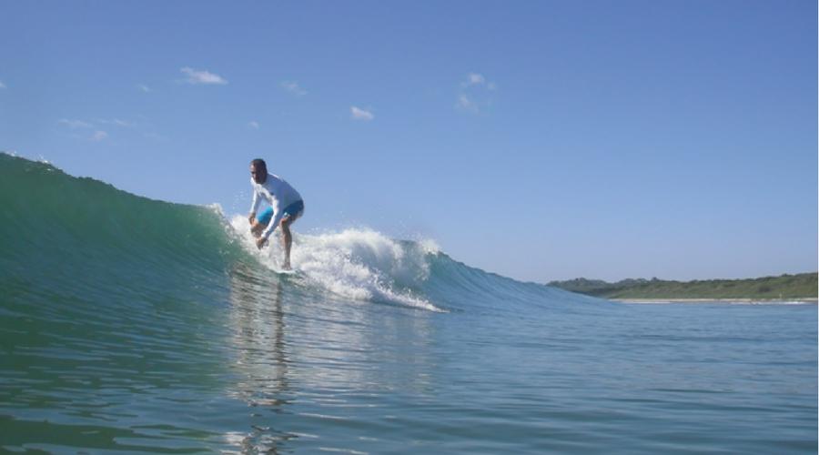 surf in playa grande