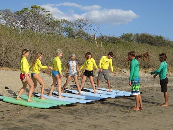 Frijoles-Locos-Surf-Lesson