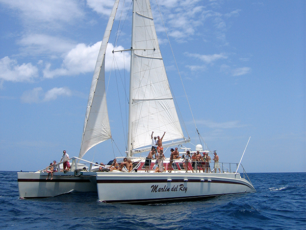 Sail-and-Snorkel-the-Gold-Coast